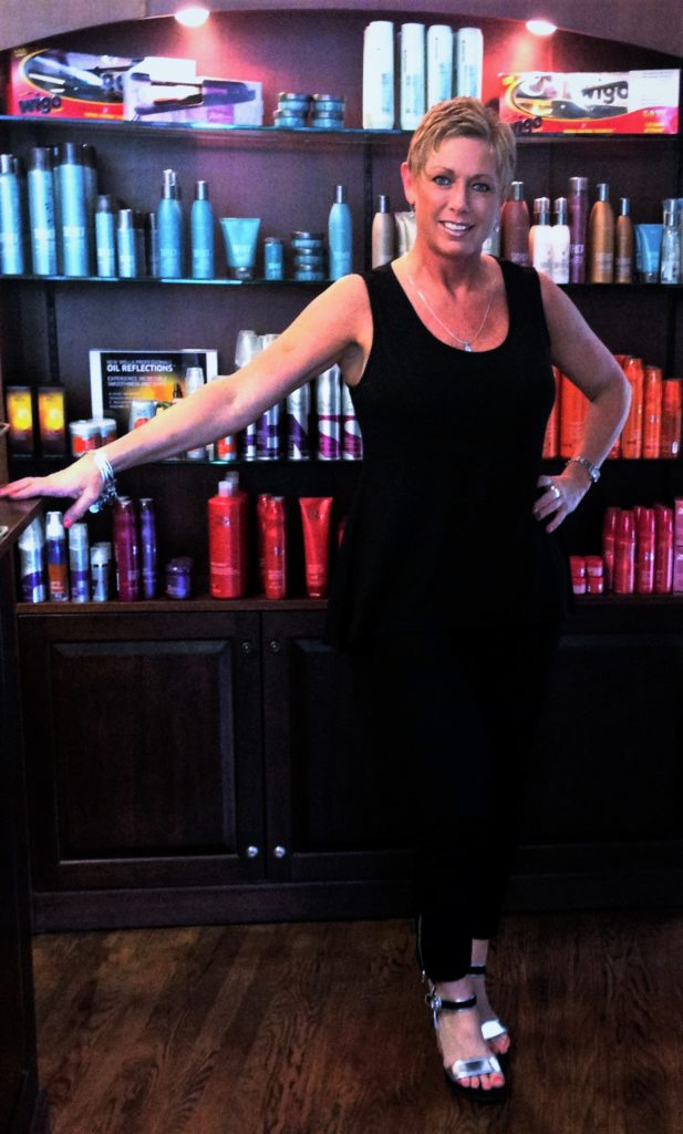 Elissa McGrath, Salon Coordinator & Co-Owner